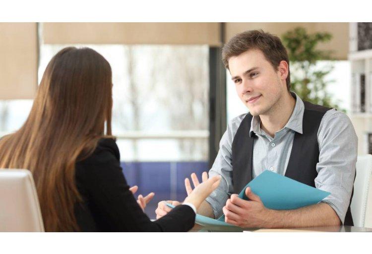 12 actitudes y comportamientos que se adhieren a las expectativas del cliente